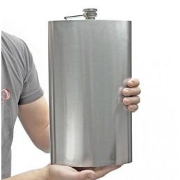 Obrovská ploskačka s obsahom 1,8 litra a brašňou