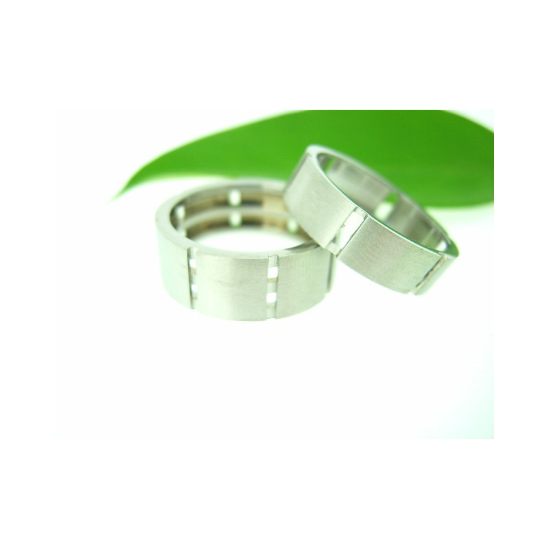 Oryginalny pierścionek
