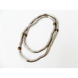 Halskette aus Metall