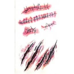 Tatuaj fals, cu temă horroristică, cu motiv de zgârieturi  și răni cusute