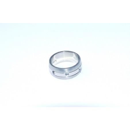 Dámský ocelový prstýnek s kamínky