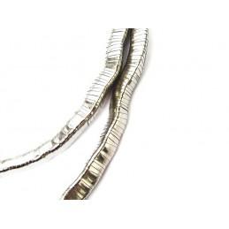 Náhrdelník tvarovatelný trojhranný stříbrný designový