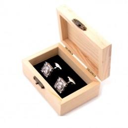 Drevená darčeková krabička na manžetové gombíky