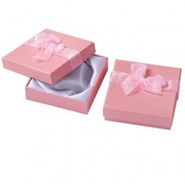 Darčeková krabička so stužkou na šperky