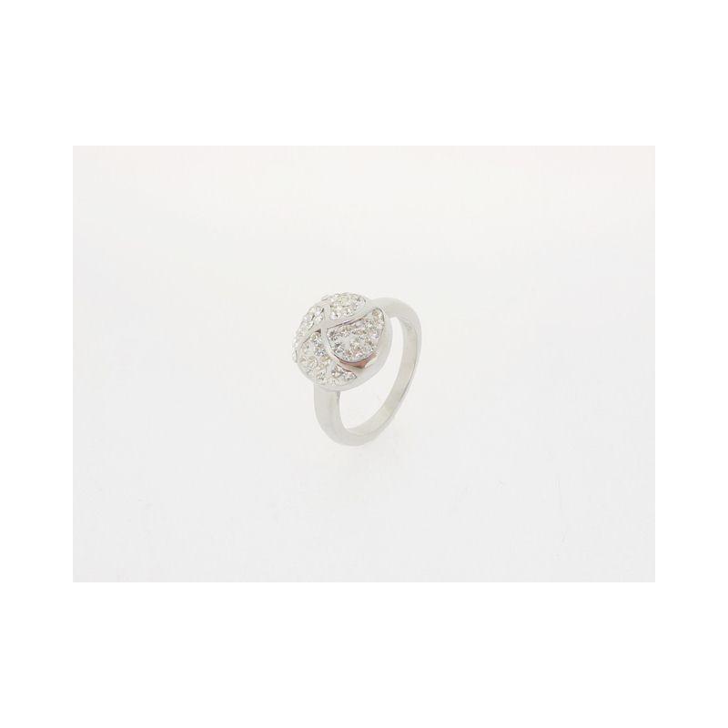 Luxusní prstýnek se zirkony
