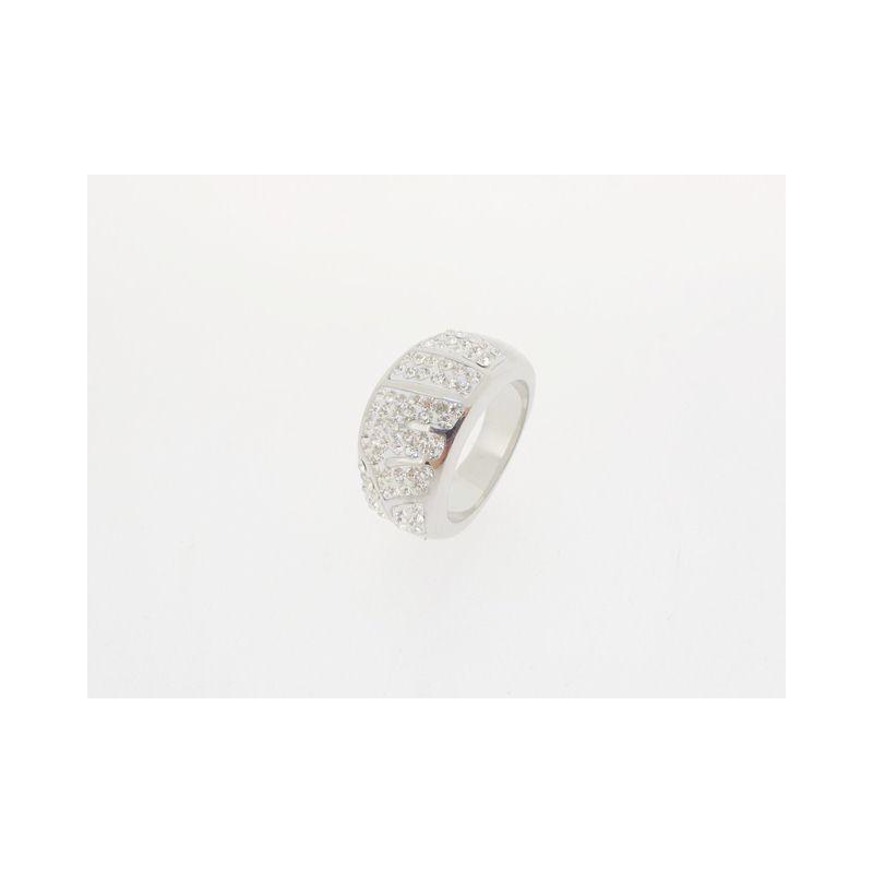 Módní prsten se zirkony