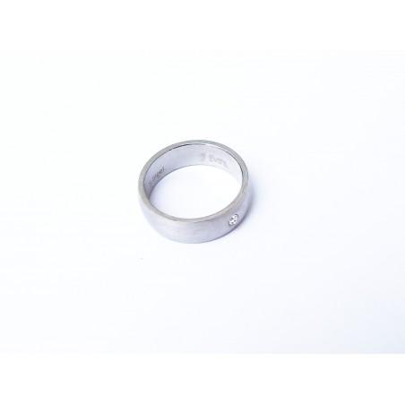 Ring aus chirurgischem Stahl