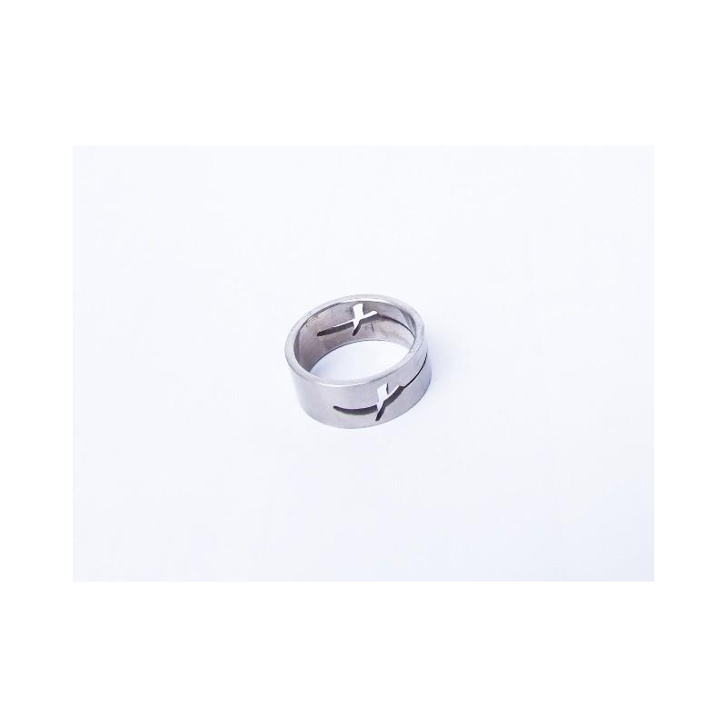 Prsten ocelový s křízem