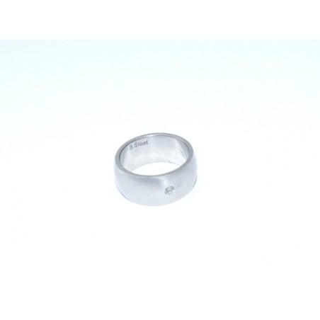 Ring aus matt Edelstahl