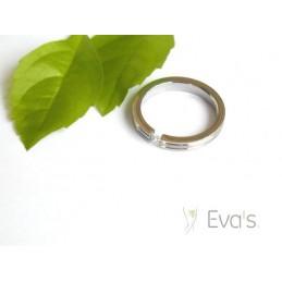 Dámský prsten z oceli, vsazený zirkon