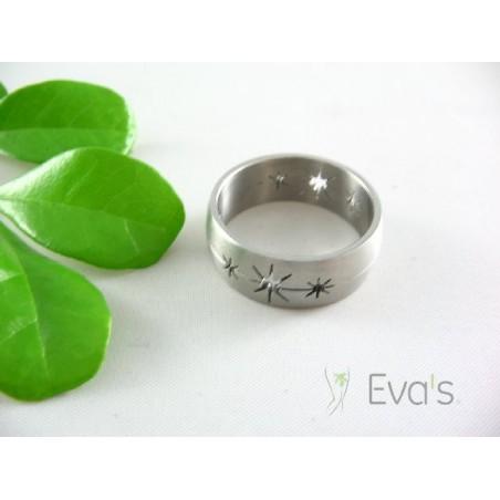 Prsten ocelový s motivy hvězdičky