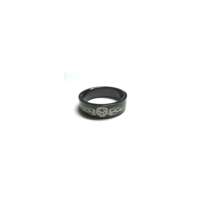 Prsten černý lebka s plameny