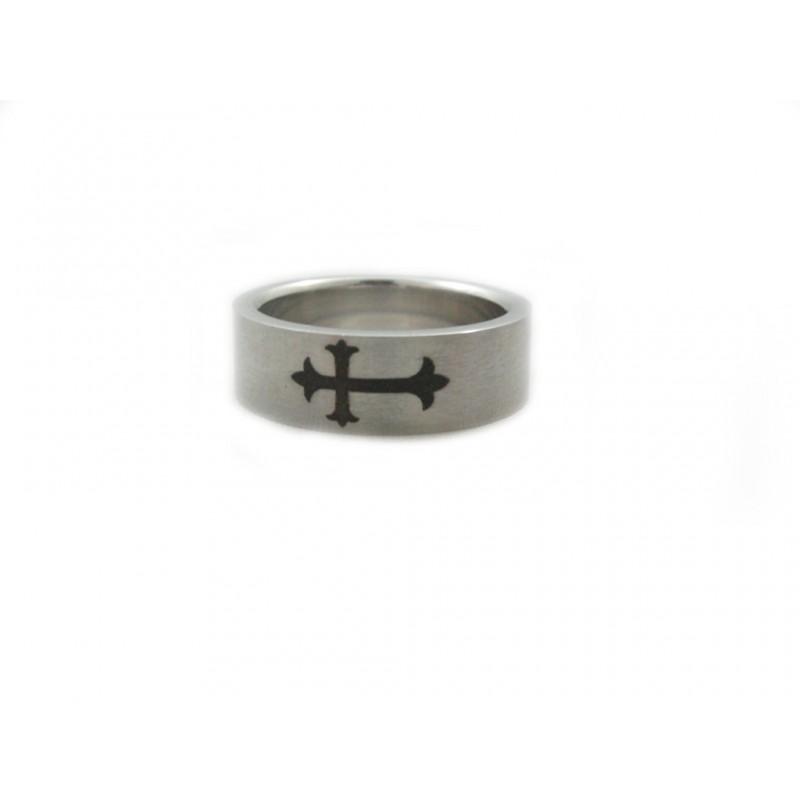 Prstýnek ocelový s ornamentem kříž