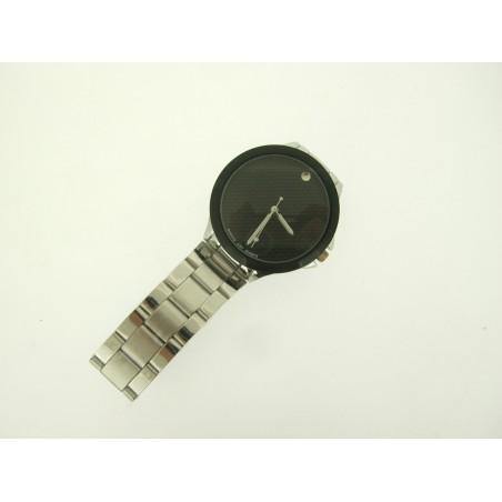 Uhr aus Edelstahl