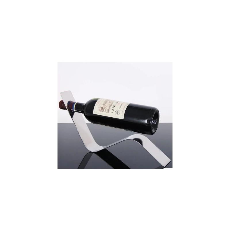 Moderní stojan na víno
