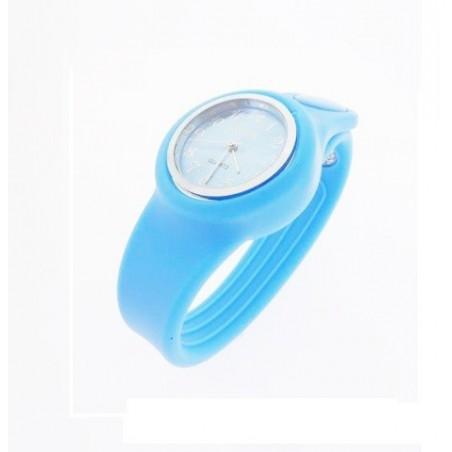 Modré hodinky ze silikonu