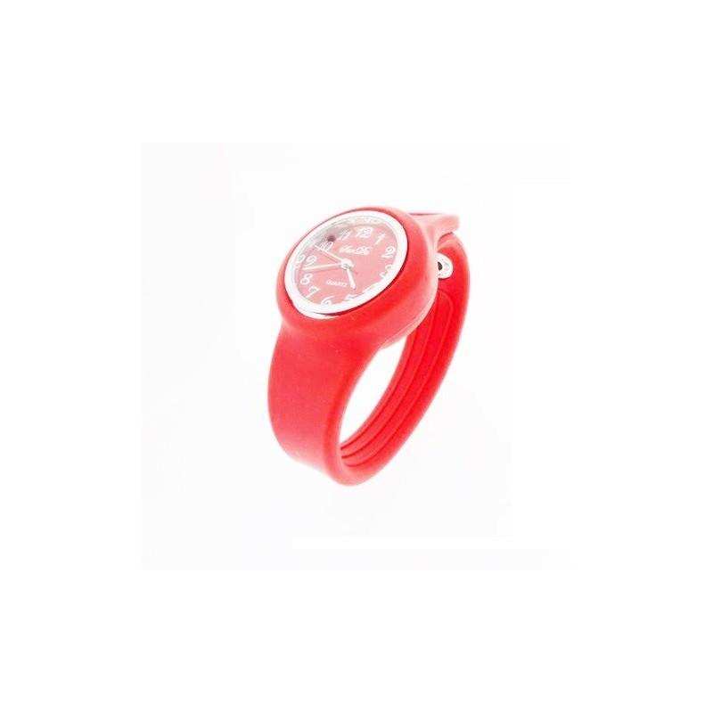 Červené silikónové hodinky